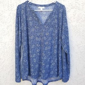 Dana Buchman Blue and White Long Sleeve, size XL